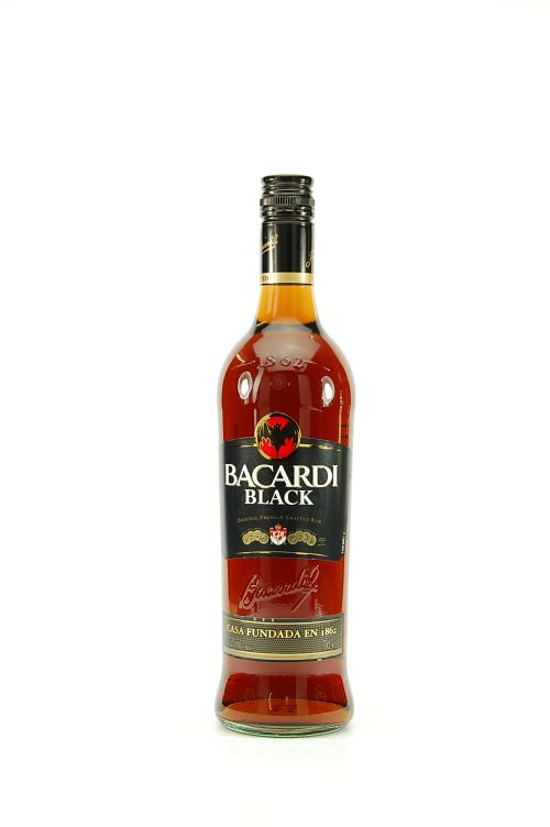 Bacardi black 70cl